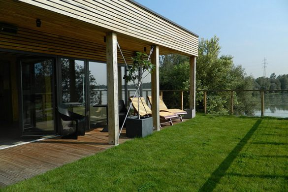 Large grassy terrace for relaxation in wellness